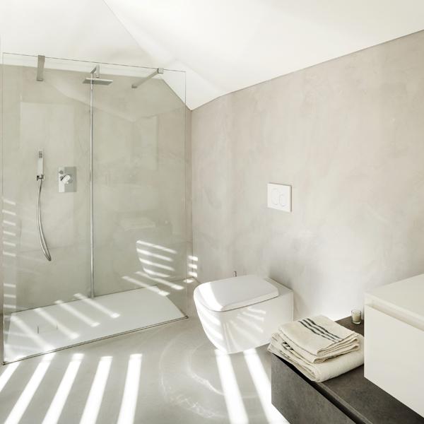 Salle de bains en béton ciré - Teinte Lune