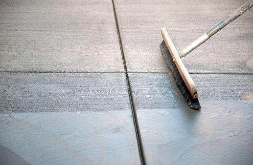 comment faire un b ton balay 1 sp cialiste des b tons d coratifs. Black Bedroom Furniture Sets. Home Design Ideas