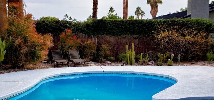 Tout de piscine en béton projeté